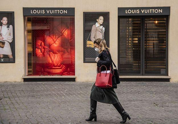 Les marques de luxe multiplient les dons pour combattre le Coronavirus