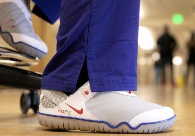 Nike offre des milliers de sneakers au personnel de santé