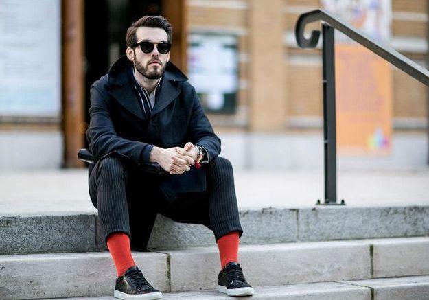 Des chaussettes de couleur sauvent