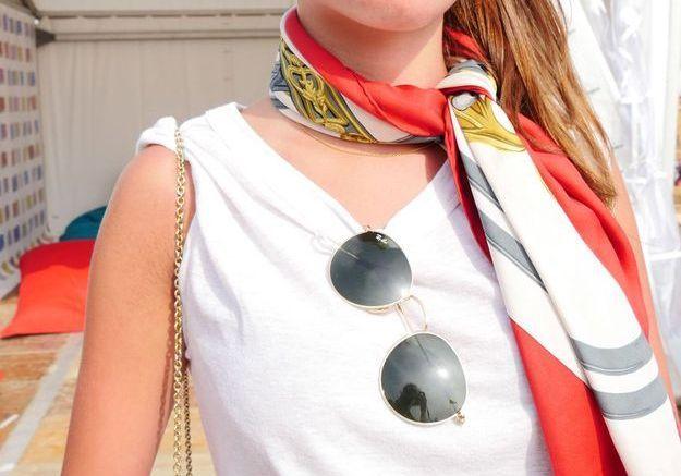 Les lunettes de soleil d'Anne