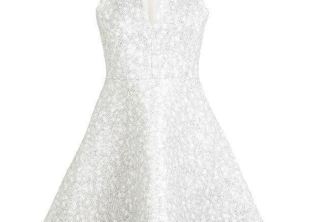 Robe blanches brodée Miss Selfridge
