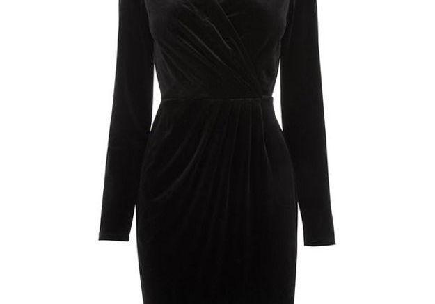 e429d89d52b Robe en velours cache cœur Oasis - 25 robes en velours qui ont  définitivement la cote - Elle