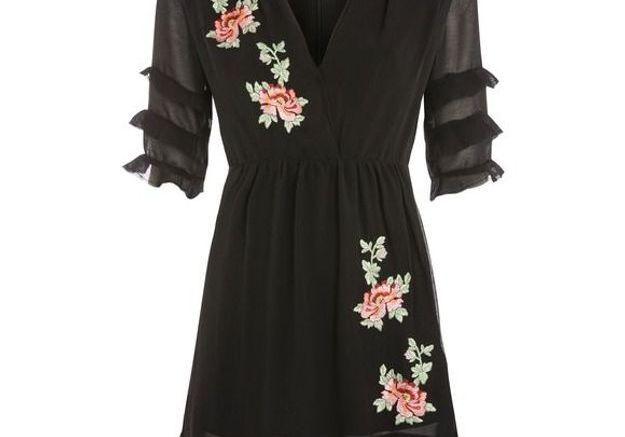 Robe noire avec broderie florale Topshop