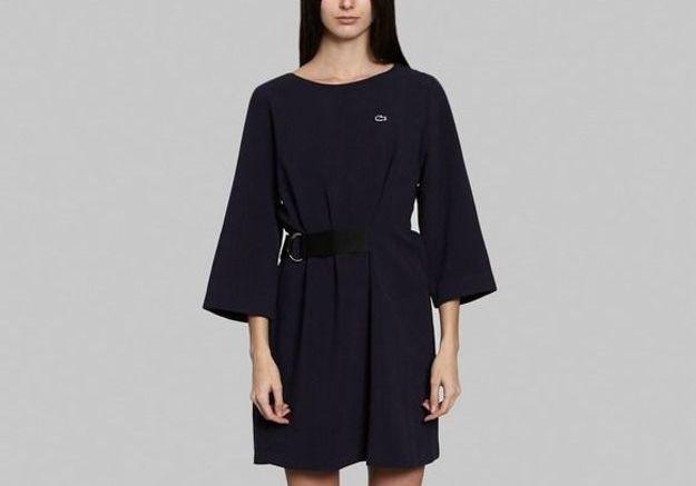 Robe noire courte Lacoste