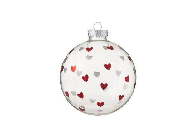 Boule de Noël à coeurs