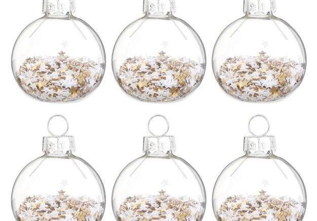 Boule de Noël en verre avec confettis