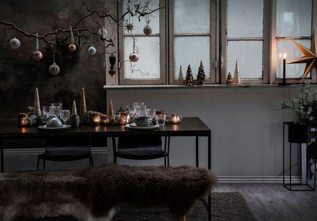 Une déco de table de Noël qui envoie valser la nappe