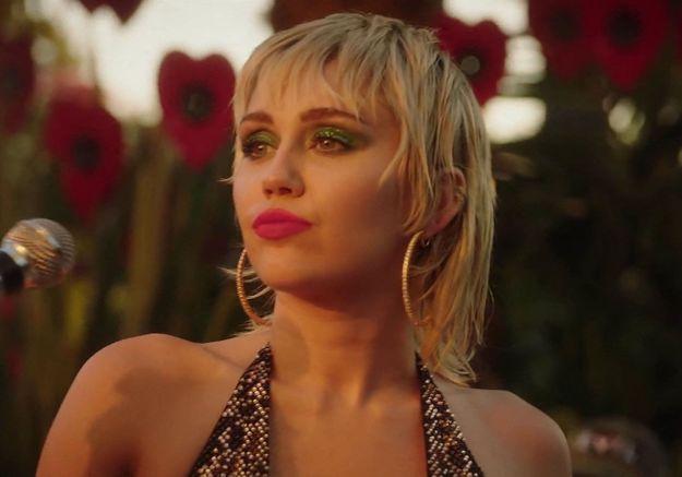 Miley Cyrus affirme sa bisexualité : « Je préfère les femmes, elles sont plus sexy »