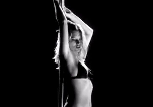 Kate Moss apparaît dans de nombreux clips
