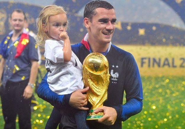 Avec son champion de père