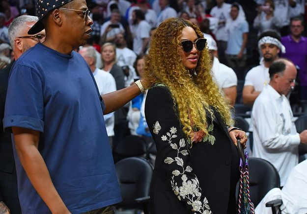 Beyoncé en train d'accoucher : Internet s'enflamme !
