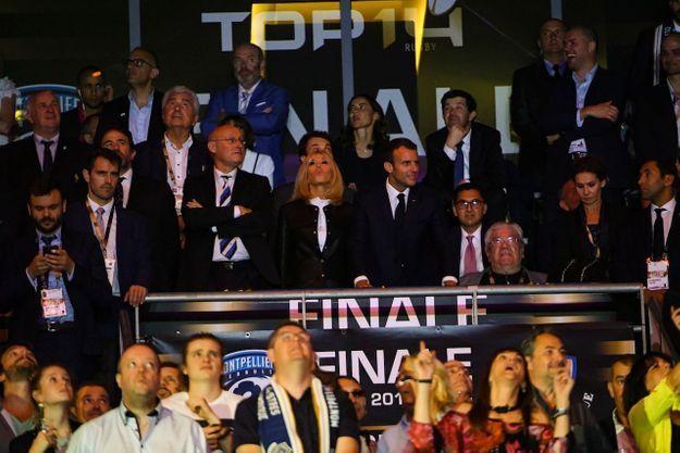 Brigitte et Emmanuel Macron ont profité à la fin du match d'un concert du chanteur Mika