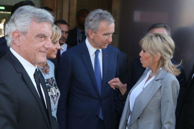 Brigitte Macron avec Bernard Arnault et Sidney Toledano