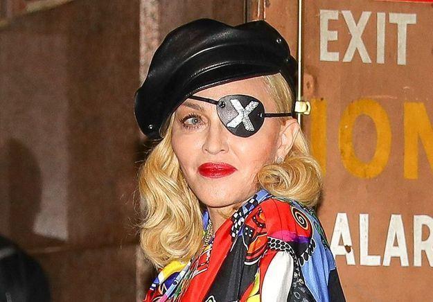 Cette actrice de « 13 Reasons Why » se métamorphose en Madonna et crée le buzz