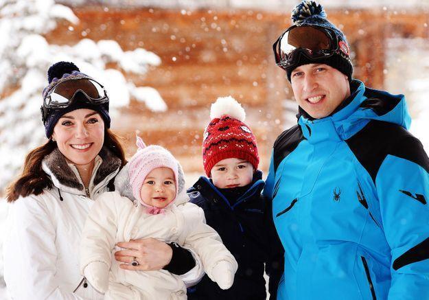 De nouvelles photos de la princesse Charlotte en vacances en France