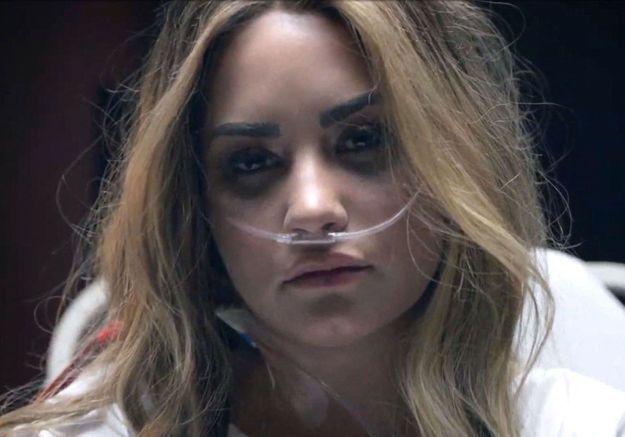 Demi Lovato met en scène son overdose dans un nouveau clip