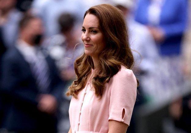Dévastée, Kate Middleton ne supporte plus les disputes entre Harry et William