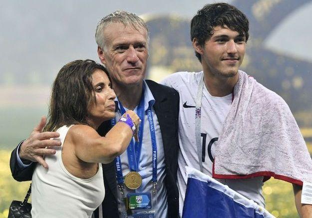 Didier Deschamps - sa femme Claude, son fils Dylan et son frère regretté Philippe : un homme très famille