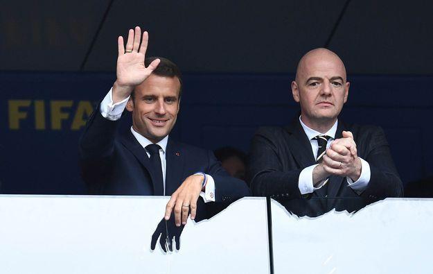 Emmanuel Macron et le président de la Fifa Gianni Infantino