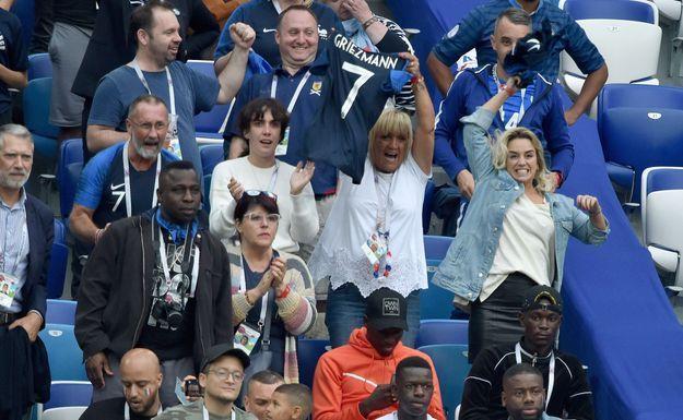 La famille d'Antoine Griezmann saute de joie après son but