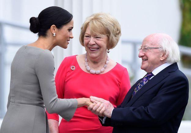 La duchesse de Sussex a serré la main du président Michael D. Higgins