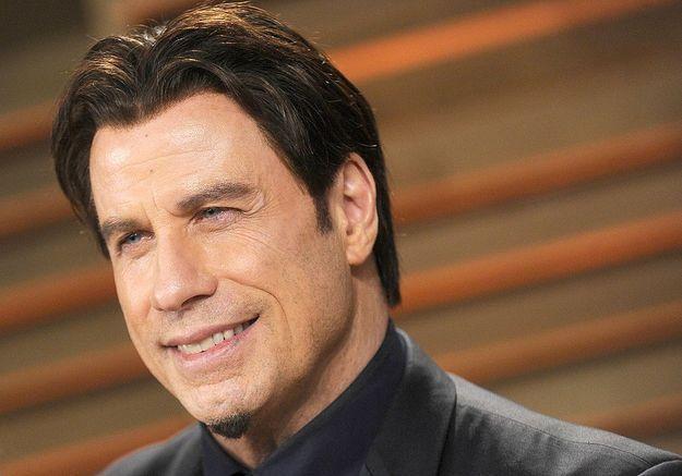 John Travolta revient sur les rumeurs concernant son homosexualité