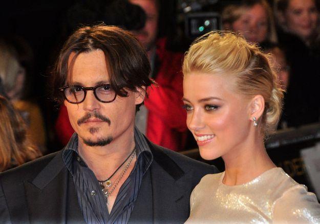 Johnny Depp accuse Amber Heard d'avoir empoché les 7 millions de dollars de leur divorce