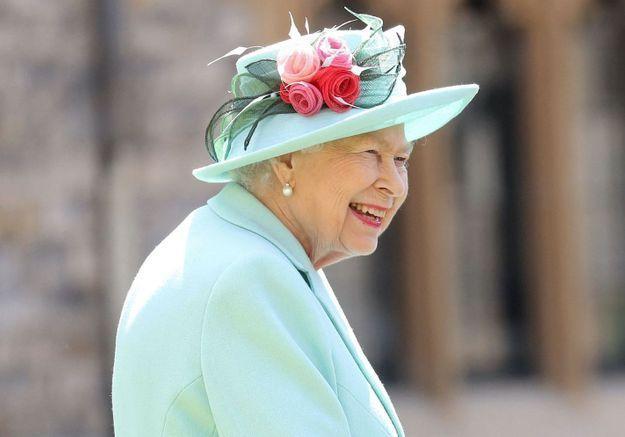 Jubilé d'Elizabeth II : son cadeau aux Anglais pour ses 70 ans de règne