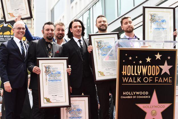 Ce lundi 1er mai les NSYNC se sont retrouvés pour inaugurer leur étoile sur Hollywood Boulevard