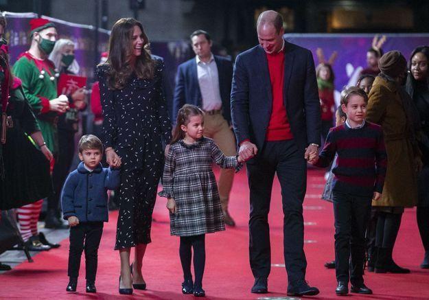 Kate Middleton et William : la photo craquante de George, Charlotte et Louis pour leur carte de vœux