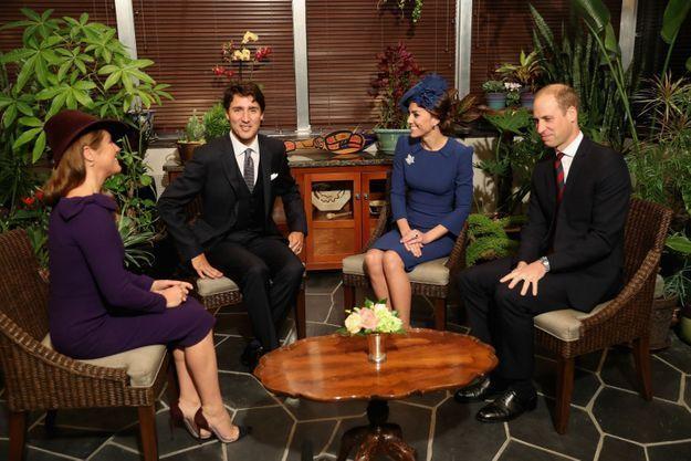 Justin Trudeau et sa femme Sophie Grégoire accueillent le duc et la duchesse de Cambridge.