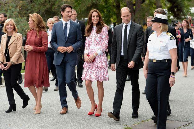 Le couple princier arrive à Vancouver.