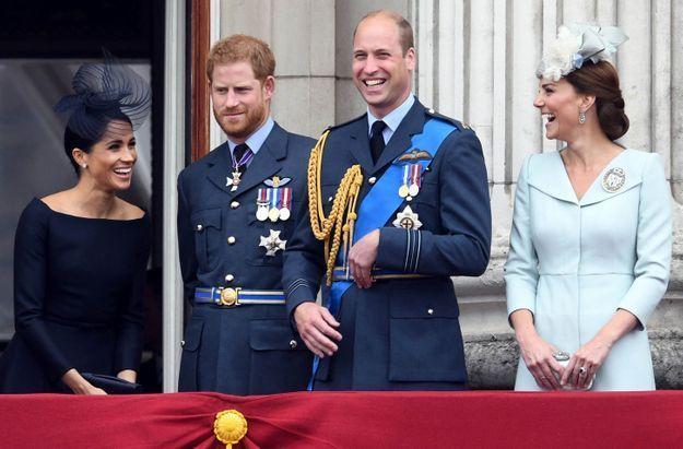 Beau moment de complicité pour Meghan Markle, le prince William et Kate Middleton