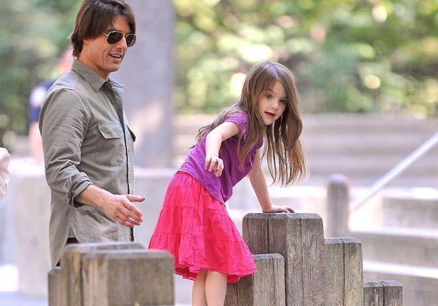 Katie Holmes a quitté Tom Cruise pour protéger Suri