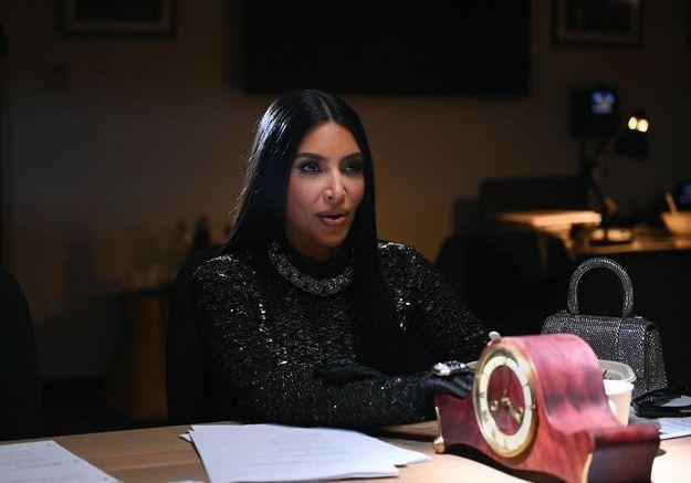 Kim Kardashian : elle tacle ses sœurs sur la chirurgie esthétique
