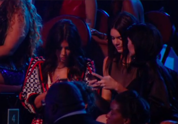 Kim Kardashian et Kendall Jenner snobent l'hommage à Michael Brown
