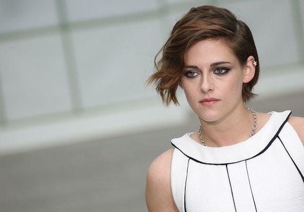 Kristen Stewart regrette le manque d'engagement féministe des jeunes