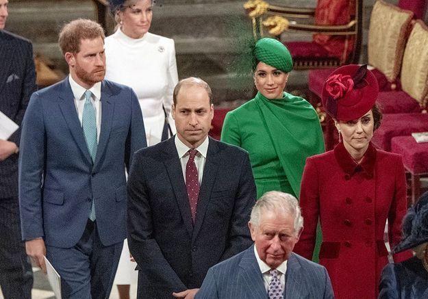La famille royale divisée : le prince Charles et Harry sont « en mauvais termes »