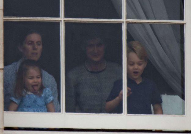 Ces photos de la princesse Charlotte qui tire la langue aux photographes vont vous faire fondre
