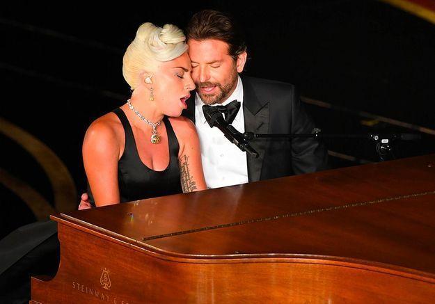 Lady Gaga en couple avec Bradley Cooper : le message touchant de la chanteuse à son partenaire