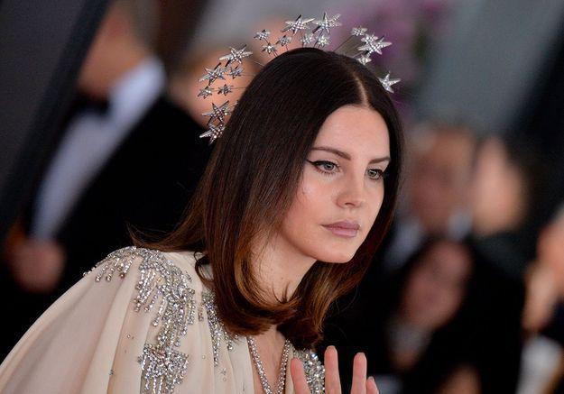 Lana Del Rey échappe à un homme qui voulait la kidnapper
