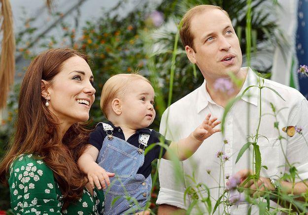 Le prince George harcelé par un photographe