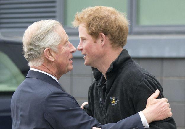 Le prince Harry à propos de l'éducation du prince Charles : « Je vais m'assurer de briser le cycle »