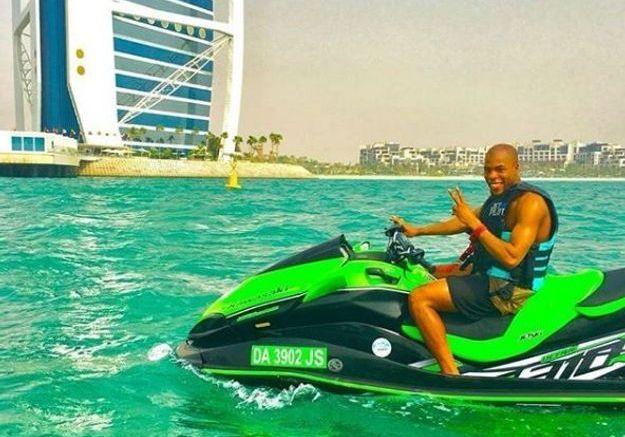 Jet-ski à Dubaï pour Djibril Sidibé