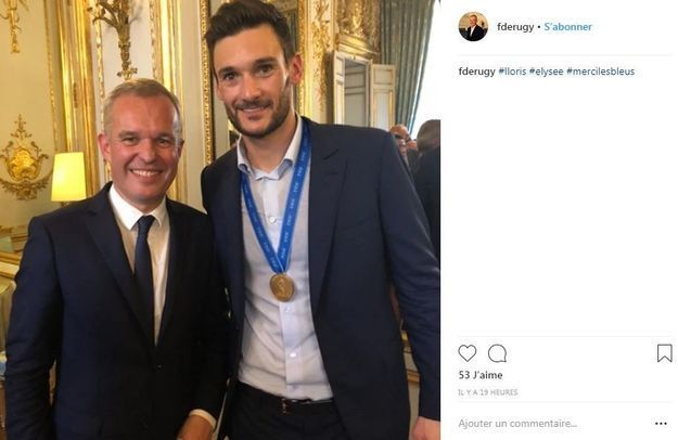 Le président de l'Assemblée nationale François de Rugy avec le capitaine et gardien de but de l'équipe de France Hugo Lloris