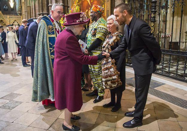 Liam Payne rencontre la reine d'Angleterre : l'image qui buzze