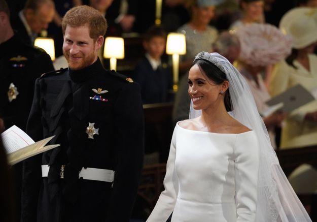 Mariage du prince Harry et de Meghan Markle  découvrez la photo  officielle des mariés !