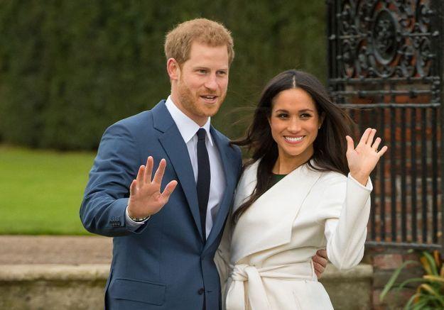 Meghan Markle et le prince Harry : un clin d'oeil à Lady Di pour leur première photo officielle dévoilée depuis leur départ