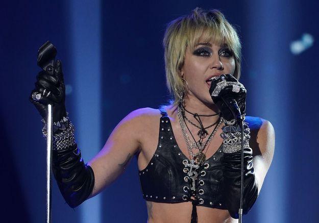 Miley Cyrus : son ex, Cody Simpson, se confie sur leur rupture