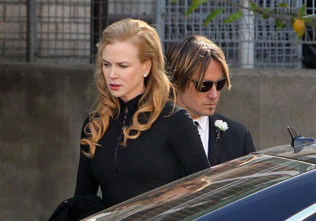 Nicole Kidman rend un émouvant hommage à son père lors de l'enterrement